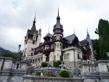 peles-castle-close-up